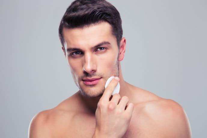【男性の美ケア簡単アイテム】メンズBBクリームのおすすめ ~選び方からアフターケアまで~